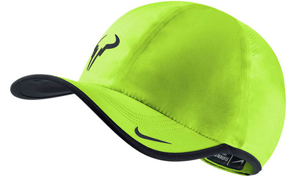 Кепка  NIKE  RAFA BULL FEATHERLIGHT CAP